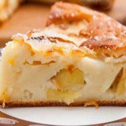 Заливний яблучний пиріг - пять простих покрокових рецептів