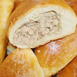 Дріжджові пиріжки з мясом пять простих покрокових рецептів
