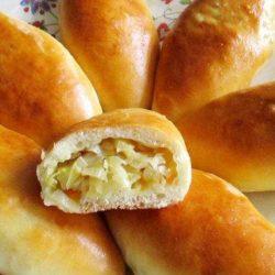 Пиріжки з свіжої капусти пять простих покрокових рецептів