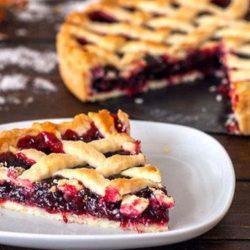 Пиріг з вишневим варенням пять простих покрокових рецептів