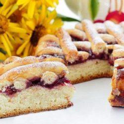 Дріжджовий пиріг з варенням пять простих покрокових рецептів