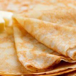 Млинці на молоці тонкими і солодкими шість простих покрокових рецептів