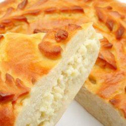 Дріжджовий пиріг з картоплею в духовці шість простих покрокових рецептів