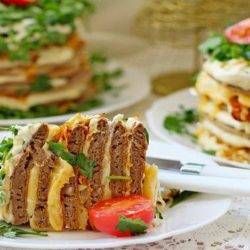 Печінковий торт з свинячої печінки пять простих покрокових рецептів