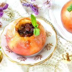 Печені яблука в духовці сім простих покрокових рецептів