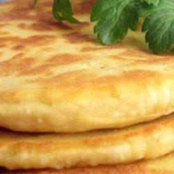 Коржі на кефірі десять простих покрокових рецептів
