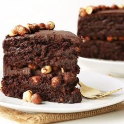 Шоколадний торт з горіхами шість простих покрокових рецептів