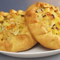 Татарські пиріжки з картоплею (і мясом), пять простих покрокових рецептів