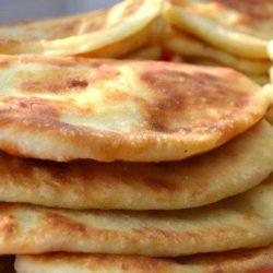 Тонкі пиріжки з картоплею шість простих покрокових рецептів