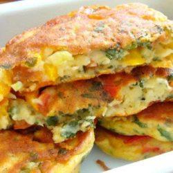 Оладки-піци: пять простих покрокових рецептів