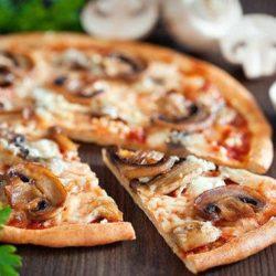 Домашня піца з грибами: 10 простих покрокових рецептів