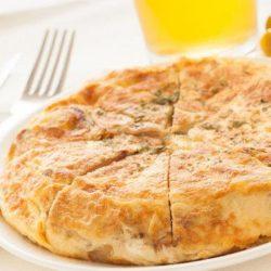 Картопляна запіканка на сковороді 6 простих покрокових рецептів