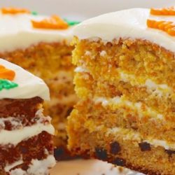Морквяний торт: вісім простих покрокових рецептів
