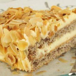 Мигдальний торт: пять простих покрокових рецептів