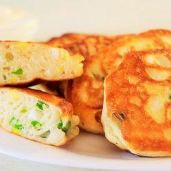 Ледачі пиріжки з зеленою цибулею і яйцем пять простих покрокових рецептів