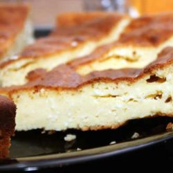 Сирно-кукурудзяна запіканка: 5 простих покрокових рецептів
