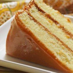 Бісквітний торт зі згущеним молоком, пять покрокових рецептів