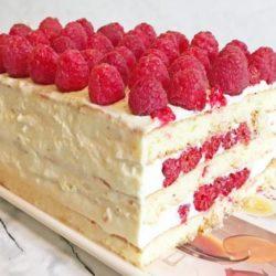 Бісквітний торт з малиною шість простих покрокових рецептів