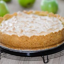 Домашній пиріг з безе: пять простих покрокових рецептів