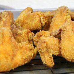 Курячі крильця у фритюрі пять простих покрокових рецептів