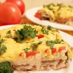 Мясо під шубою в духовці шість простих покрокових рецептів