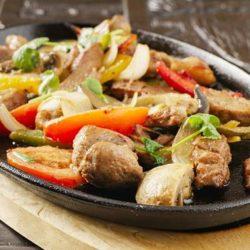 Свинина з овочами в духовці 5 простих покрокових рецептів