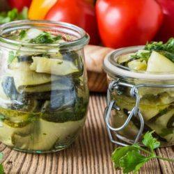 Салат з кабачків на зиму вісім простих покрокових рецептів