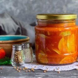Кабачки на зиму з томатною пастою пять простих покрокових рецептів