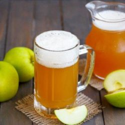 Яблучний квас: шість простих покрокових рецептів