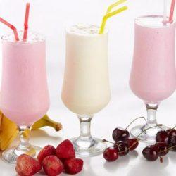 Молочні коктейлі - вісім простих покрокових рецептів