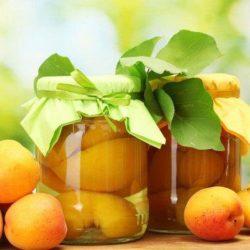 Компот з абрикосів пять простих покрокових рецептів