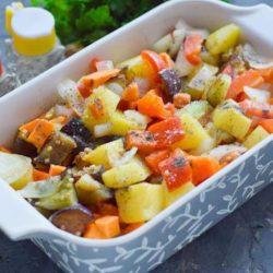 Овочеве рагу з картоплею шість простих покрокових рецептів