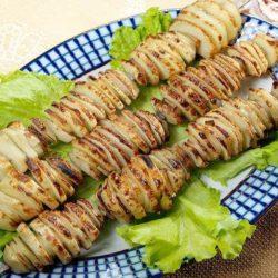 Картоплю на мангалі шість простих покрокових рецептів