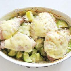 Курка з кабачками в духовці 5 простих покрокових рецептів
