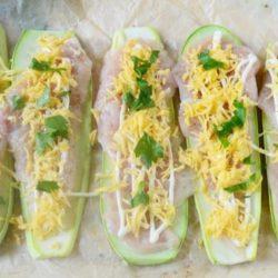 Курячі грудки з кабачками в духовці: шість простих покрокових рецептів