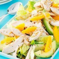 Як швидко і просто приготувати салат з куркою і манго - покроковий рецепт