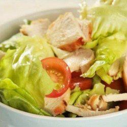 Салат з курки з листям салату - прості покрокові рецепти