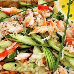 Салат з крабовим мясом і огірком пять простих покрокових рецептів
