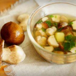 Як смачно і швидко приготувати грибний суп з білих грибів пять простих покрокових рецептів