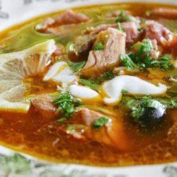 Солянка з нирками: пять простих покрокових рецептів смачного мясного блюда