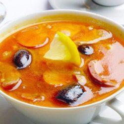 Солянка з ковбасою вісім простих покрокових рецептів