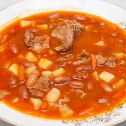 Суп з червоної квасолі з мясом пять простих покрокових рецептів