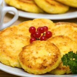 Сирники з кукурудзяним борошном пять простих покрокових рецептів
